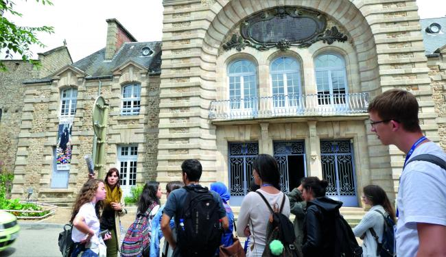 Guided tour of the centre of Saint-Junien